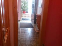 vchod-do-apartmnu-v-1-pate