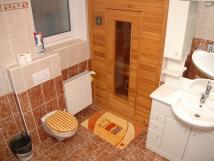 koupelna-se-saunou-apartmn-8