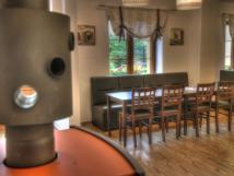 restaurace-pohled-od-kamen
