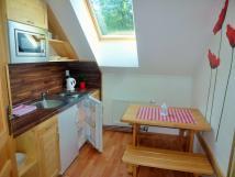 kuchyka-apartmn-5-podkrov