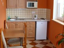 kuchyka-lednice-spork-ndob