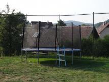 trampolna