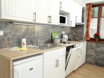 prim-apartmny-bedichov-vybaven-kuchyn-v-apartmnu