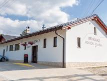 restaurace-budova