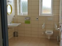 koupelna-bezbarirov-pokoj
