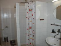 podkrovn-apartm-koupelna
