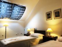 dvoulkov-pokoj-standard-s-oddlenmi-postelemi