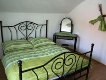 apartmn-1-podkrovn-pokoj