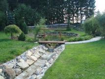 zahrada-ped-apartmnem