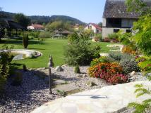 pohled-do-zahrady-