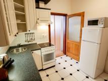tlkov-pokoj-s-kuchyn-a-koupelnou