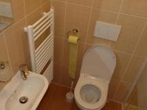 mal-apartmn-pro-2-3-osoby-koupelna