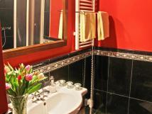 tlkov-pokoj-koupelna