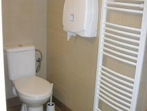 pohled-do-koupelny-miniapartma